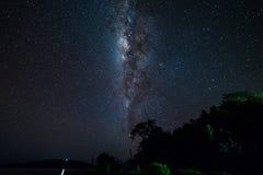 La Via Lattea dalla linea di equatore Fotografie Stock