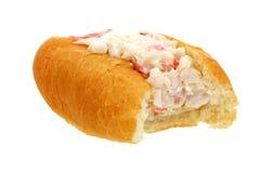 La viande de crabe de dégagement a rempli roulis de doigt photographie stock libre de droits