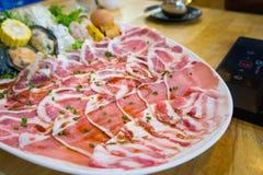 La viande de porc de Shabu glisse, style de Shabu faisant cuire dans le restaurant images libres de droits