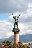 La Victoria de la estatua en Puerto Banus España Fotos de archivo