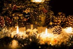 La vida de la Navidad sigue siendo con nieve Imagen de archivo libre de regalías