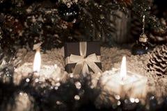 La vida de la Navidad sigue siendo con nieve Fotos de archivo