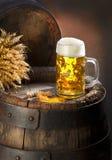 La vida inmóvil con la cerveza Imagen de archivo libre de regalías