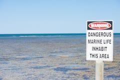 La vie d'avertissement d'océan de danger Images libres de droits