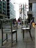 La vie d'un chien urbain dans la grande ville photo libre de droits