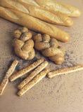 La vie de baguettes et de petits pains toujours Photographie stock libre de droits