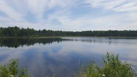 La vie de cottage sur le lac Images stock