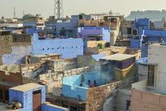 La vie de dessus de toit à Jodhpur, Inde Photographie stock libre de droits