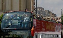La vie de ville - Victory Avenue - Bucarest, Roumanie images libres de droits