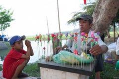 La vie du vendeur vietnamien en Hoi An Images stock