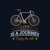 La vie est un voyage, apprécient l'illustration de vecteur de tour de la bicyclette de hippie dans le style plat Affiche inspirée Photo libre de droits