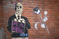 La vie parisienne de graffiti de MBW est belle Images libres de droits