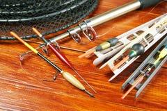 La vie toujours avec de divers flotteurs de pêche et une rotation Photographie stock