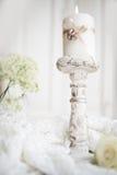 La vie toujours avec des anneaux de mariage dans le style de vintage Image libre de droits
