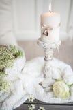 La vie toujours avec des anneaux de mariage dans le style de vintage Photographie stock libre de droits