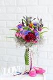 La vie toujours avec le bouquet de fleur Images stock
