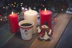 La vie toujours avec les bougies et le café photo libre de droits