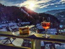 La vie toujours avec Rose Champagne et Kremska Rezina photo stock