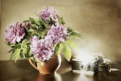 La vie toujours avec un bouquet Photo stock