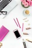 La vie toujours de la femme de mode, objets sur le blanc Images stock