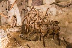 La vie toujours des pots, du sparte et du bois Photos stock