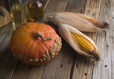 La vie toujours du potiron, du maïs et de la betterave image stock