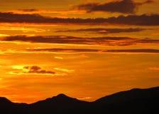 La vie une vie dans le coucher du soleil Photos stock