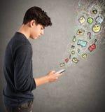 La vie virtuelle sur le téléphone portable Photo libre de droits