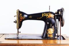 La vieille machine à coudre Photo stock