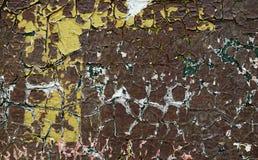 La vieille peinture brune criquée Photo libre de droits