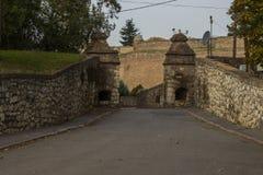 La vieille porte de la forteresse de Belgrade serbia images stock