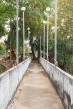 La vieille promenade de pont Photos stock