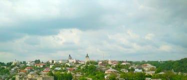 La vieille ville une journ?e de printemps mate, Kamenets-Podolsky, Ukraine photographie stock libre de droits