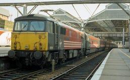 La Vierge forme la rétro classe 87 Loomotive électrique chez Preston Photos libres de droits