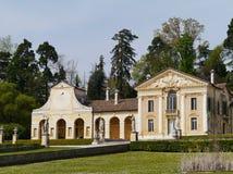 La villa de MASER avec un cadran solaire sur l'aile image libre de droits
