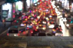La ville brouillée a tiré montrer la grille électrique et le grand planni urbain Photographie stock
