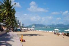 La ville centrale de plage de Nha Trang, jour ensoleillé Image stock
