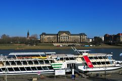La ville de Dresde a Europe's la plus grande flotte de bateau de vapeur photographie stock