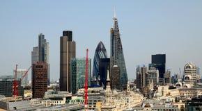 La ville de Londres une des principaux centres de la vue globale de finance Cette vue inclut le cornichon de la tour 42, Willis B Image libre de droits