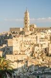 La ville de Matera avec les roches caracteristic et Photographie stock libre de droits