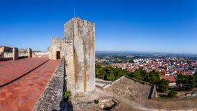 La ville de Palmela vue de tour de guet de château Photos libres de droits