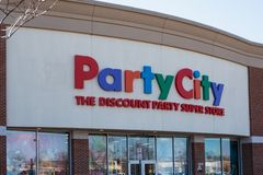 La ville de partie est un magasin superbe de partie de remise images libres de droits