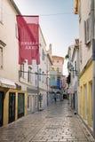La ville de Rab, station touristique croate célèbre pour son remorquage de cloche images stock