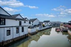 La ville de Suzhou, la ville antique du Lu jette un pont sur des personnes Photographie stock