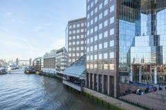 La ville du panorama de Londres photos libres de droits