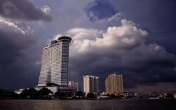 La ville est tempête imminente Photographie stock libre de droits
