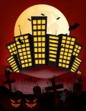 La ville et la pleine lune dirigent l'illustration avec le bâtiment, cimetière, batte, potiron Image libre de droits