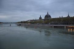 La ville et la rivière RhÃ'ne de Lyon Photos libres de droits