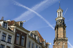 La ville Zutphen d'horizon avec la tour ancienne pèsent la maison Photo stock