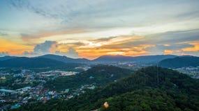 La visión aérea en Khao sonó la señal del punto de vista de la ciudad de Phuket Fotos de archivo